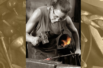 Welcome to Blacksmithchic.com - the website of artist/blacksmith Lorelei Sims